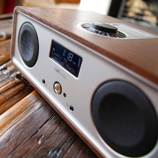 Ruark-R2-Walnut-Music-Streaming